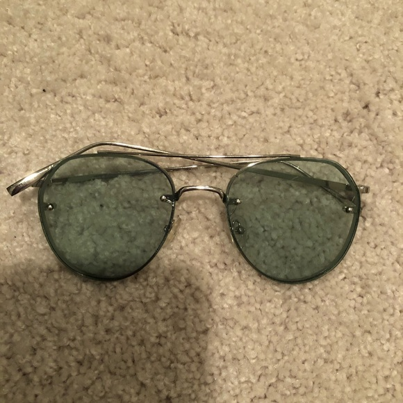 Free People Accessories - Green Sunglasses